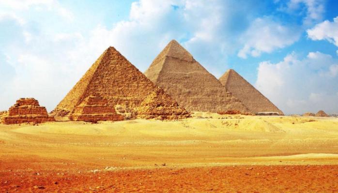 EGYPTE PYRAMIDES